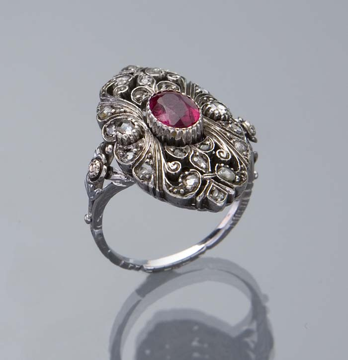 Diamant-Rubin-Ring.