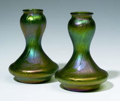 auktionshaus bergmann paar kleine jugendstil vasen. Black Bedroom Furniture Sets. Home Design Ideas
