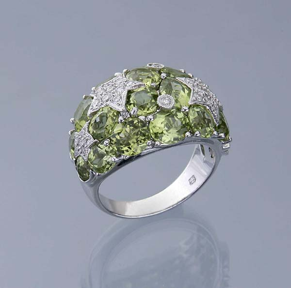 Peridot-Brillant-Ring.